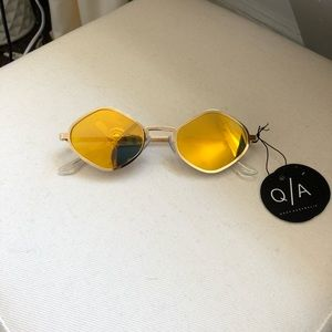 Quay Australia Accessories - Quay brand new sunglasses